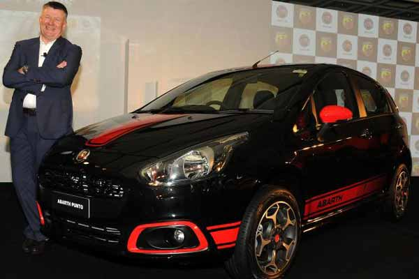Fiat launches Abarth Punto and Abarth Avventura in India; Priced at Rs 9.95 lakh