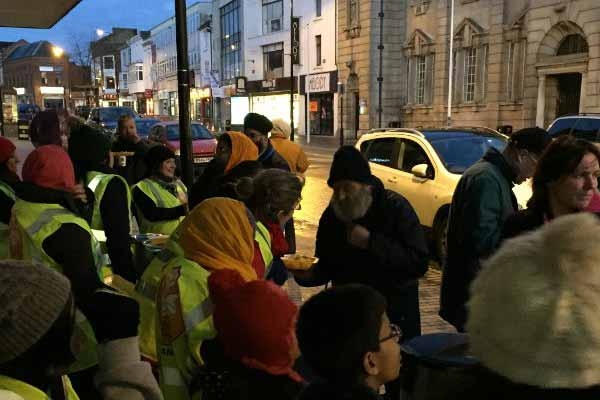 Sikh community in British town offering free hot meals to poor