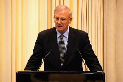 Thomas M. Hoenig is elected President of the IADI at its 14th Annual General Meeting in Kuala Lumpur