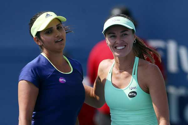 Sania Mirza, Martina Hingis enter final of Madrid Open; on course for fifth title of 2016