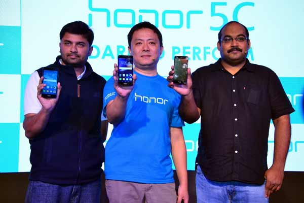 Honor launches the much awaited Honor 5C powered with Kirin 650 16nm chipset in India at Rs.10, 999