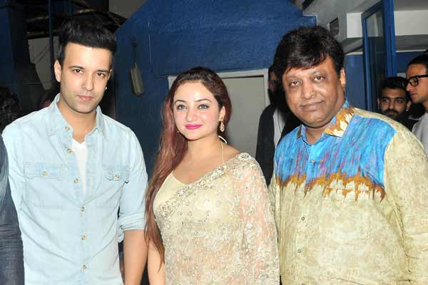 Surprise party hosted by Manik Soni on the occasion of birthday of actress Purnima Behl