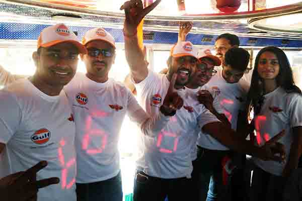 HGSi's innovative marketing lights up Rising Pune SuperGiant fans with IoT-based LED T-shirts this IPL
