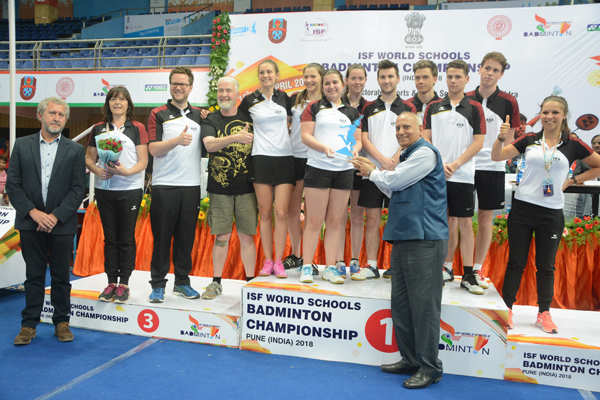 Kinder+Sport presents the Fair Play trophy at International Schools Badminton tournament 2018 edition Belgium won the Fair Play award