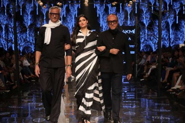Day Two At Lakme Fashion Week Winter Festive 2019 Ended With The Spectacular Launch Of Lenzing Ecoverotm By Ace Designers Abraham Thakore Nrinews24x7