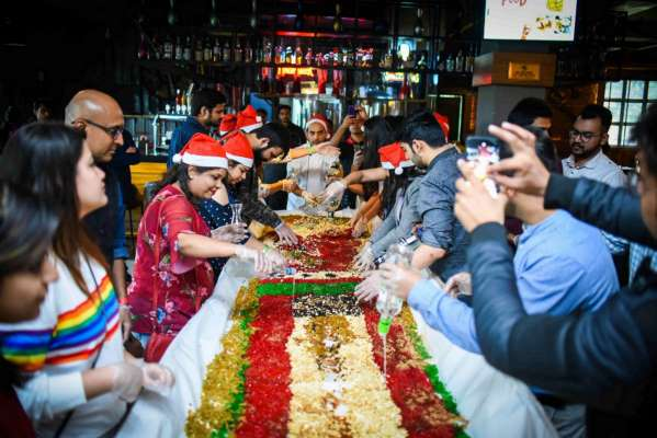 SMAAASH Gears Up For X-Mas with Cake Mixing Ceremony