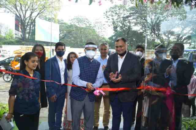 Chairman & MD of Sancheti Hospital, Dr. Parag Sancheti inaugurates the launch of 7 Business Square
