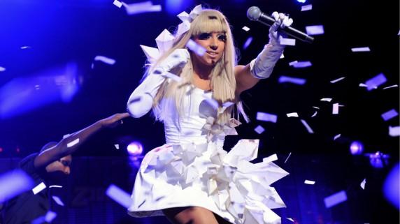 Lady Gaga nekter å ha svett ost på brødskiva. (Foto: Scanpix)