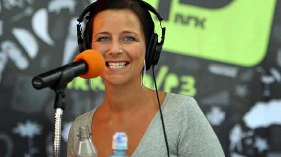 Siri Knudsen er programleder for kveldens Topp20-konsert, og gleder seg veldig! (Foto: Rashid Akrim)