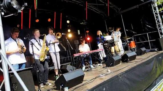 Proviant Audio åpnet Slottsfjellfestivalen 2009 ( Foto: Tønsbergs Blad)