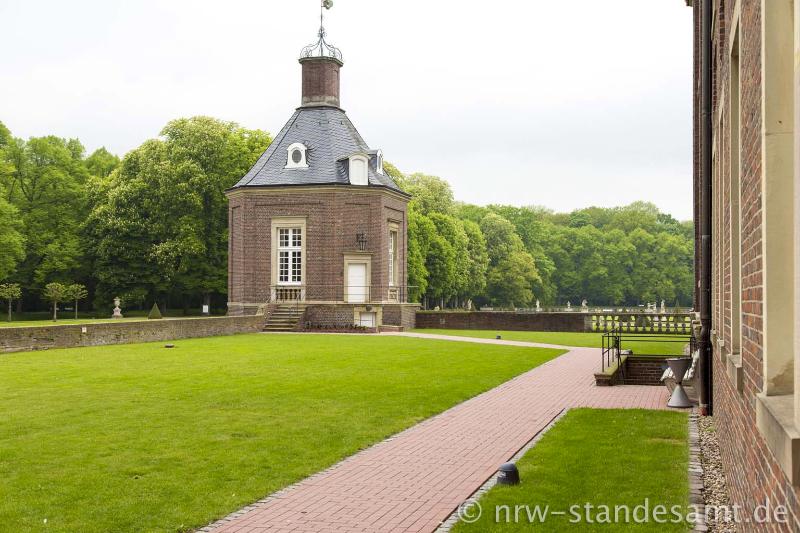 Heiraten im Standesamt Schloss Nordkirchen  Standesamt NRW