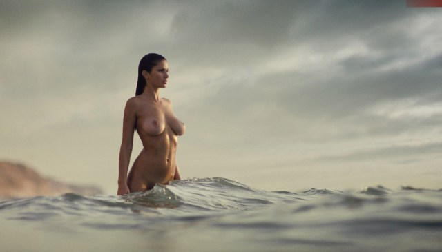 nude woman and the sea.jpg