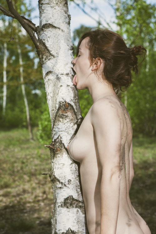 tree licker.jpg
