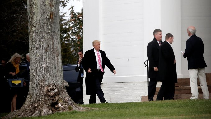 Mike Segar—Reuters