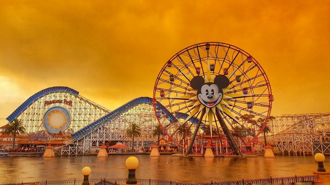 Disneyland is seen as wildfires rage in California, Anaheim, California, U.S. October 9, 2017 in this picture obtained from social media. INSTAGRAM /@KENNYA.BOULTER/Kennya Boulter via REUTERS