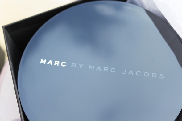 marc by marc jacobs watch white letters