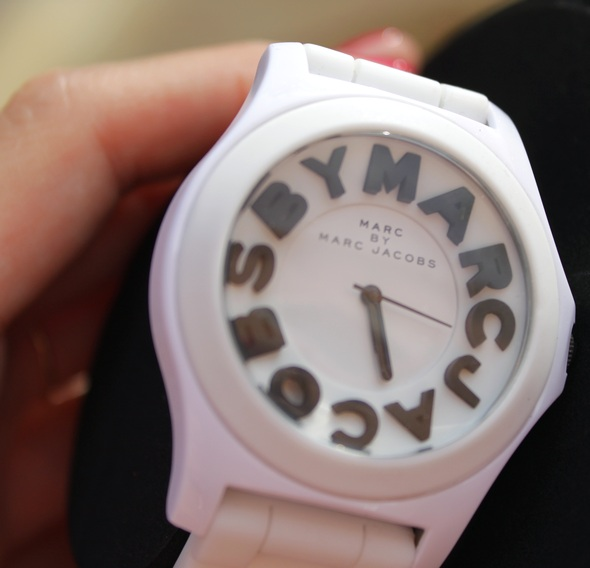marc by marc jacobs watch clock montre blanche white