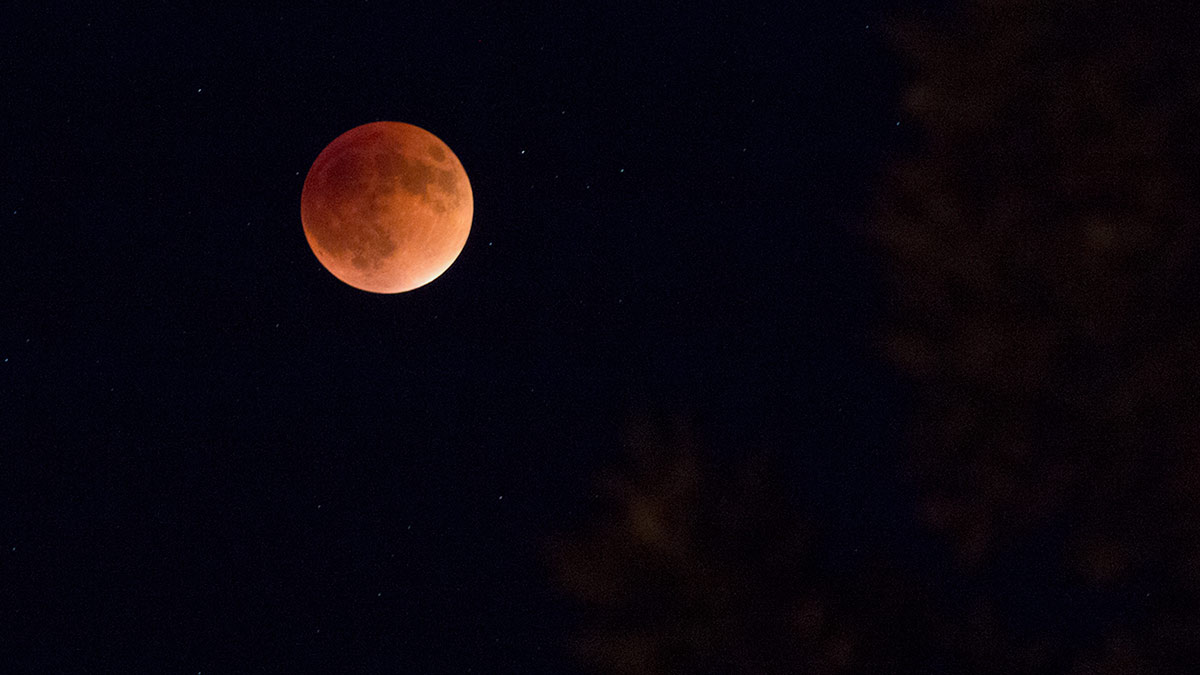 Harvest moon eclipse 2015