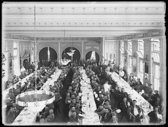 Fig 9: Luncheon, Kangaroos, 7/01/1916.
