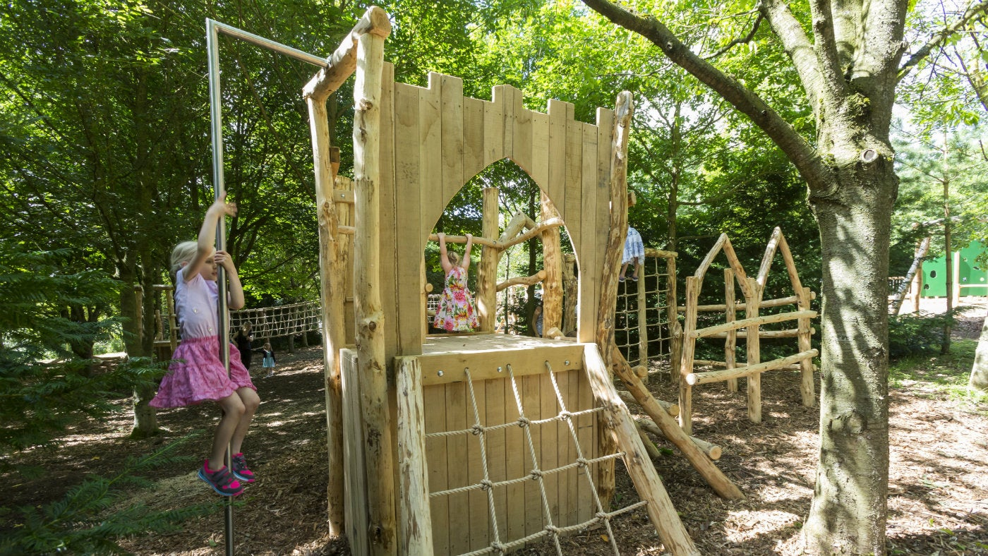 Build Your Own Wooden Summer House