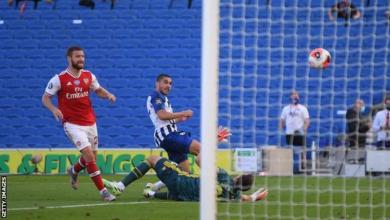 Photo of Maupay stuns Arsenal with late Brighton winner