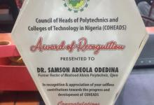 Photo of Ogun Agric. Commissioner, Odedina receives Award of Recognition from COHEADS