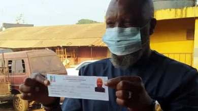 Photo of Akinlade Revalidates APC Membership, Urges Members To Do Same