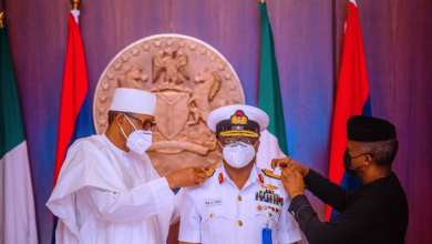 Photo of You 've got a short time to Deliver, Buhari Charges newly Promoted Service Chiefs