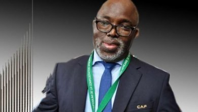 Photo of Buhari Congratulates Amaju Pinnick on FIFA Council Election
