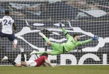 Photo of Man Utd come from behind to win at Spurs