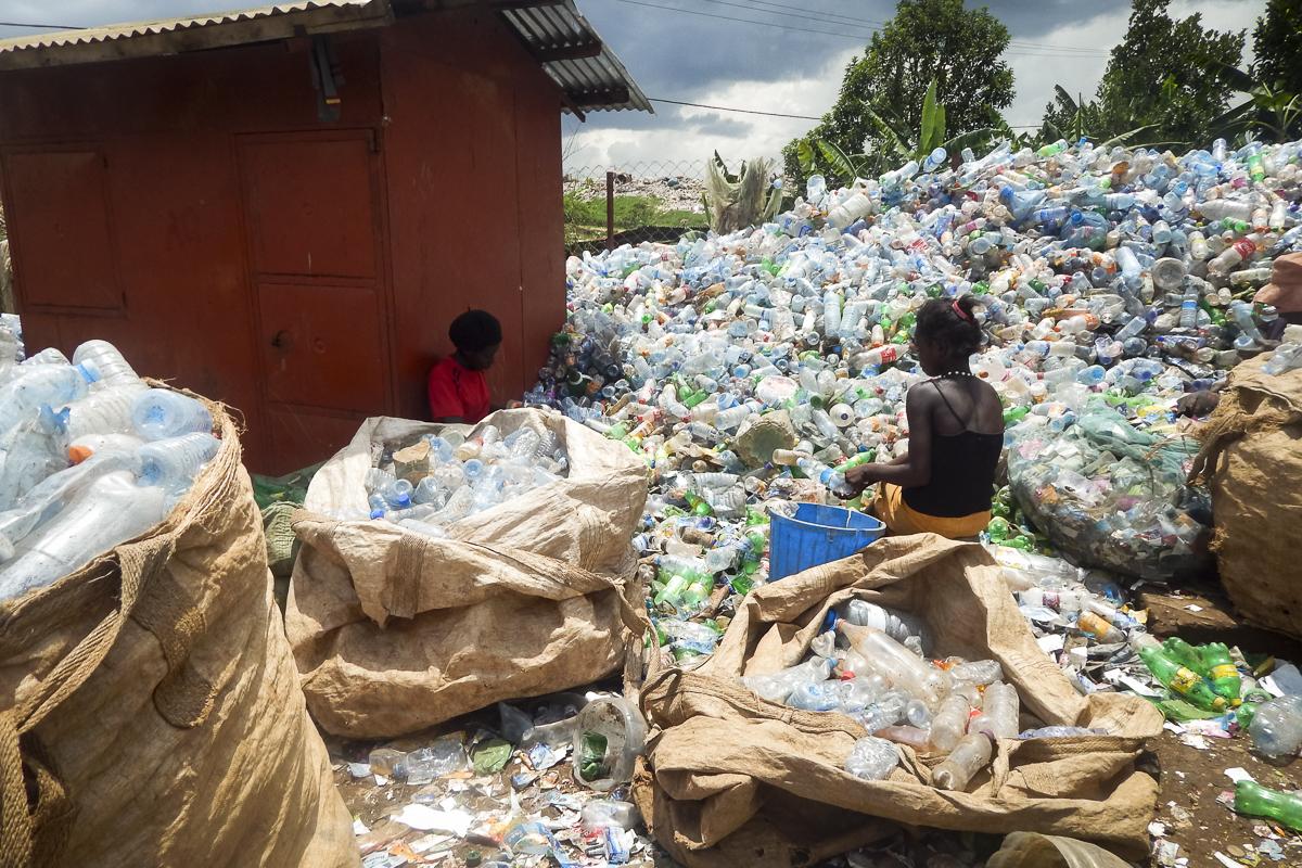 GPJNews_Uganda_AA_wastewealth_08_web_L