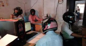 nti-news-government-office-east-champaran-helmet-wearing-crowd