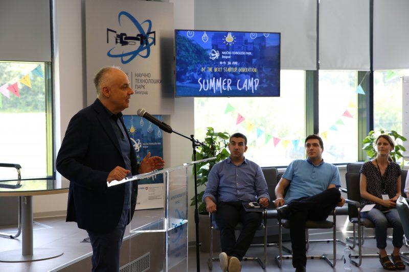 Gradonačelnik dr Zoran Radojičić posetio Naučno-tehnološki park 2