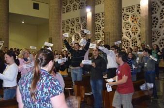 Sao Judas parishioners welcoming the group