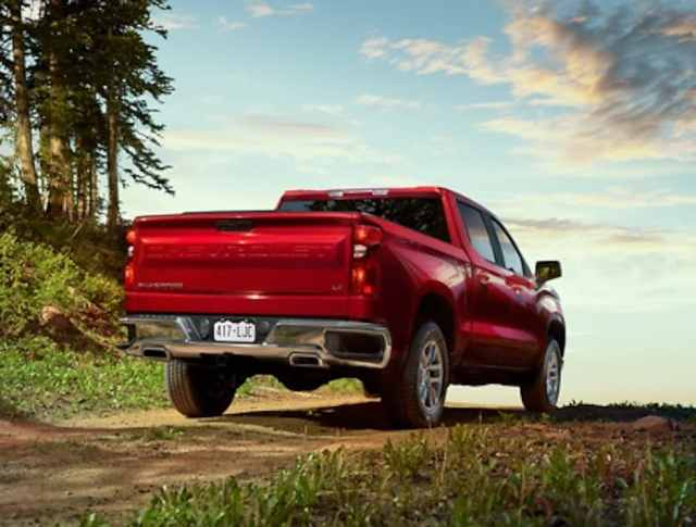 See the Top-10 Reasons to Choose the All-New Chevy Silverado