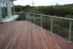semi-frameless-balustrades-1