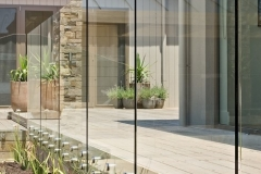Nu-Lite Balustrading Type 3016 - glass Swimming pool fencing-01