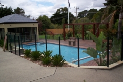 Nu-Lite Balustrading Type 2012- glass Swimming pool fencing-09
