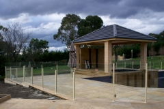 Nu-Lite Balustrading Type 2014- glass Pool Fencing-07