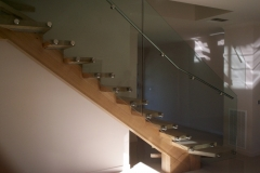 Nu-Lite Balustrading Type Frameless  Stair- glass balustrade-01