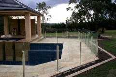 Nu-Lite Balustrading Type 2014- glass Pool Fencing-03