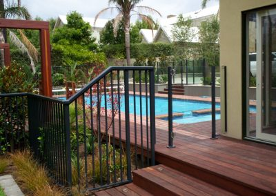 clamp-frameless-pool-fences-2