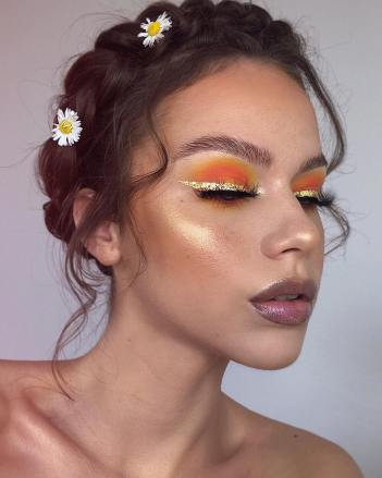 Colourful Summer Makeup Looks