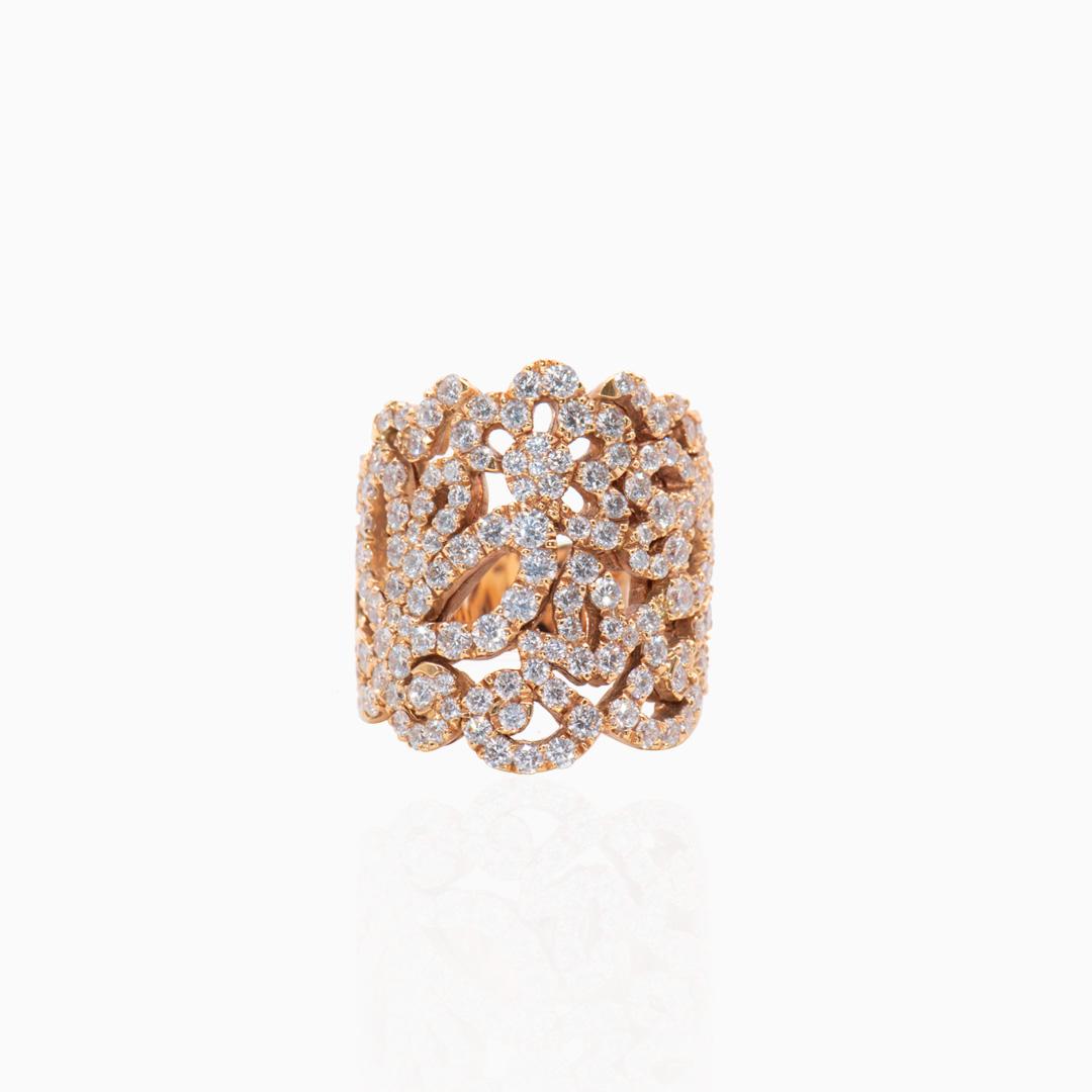 Anillo Oro Rosa y Diamantes con motivos Florales