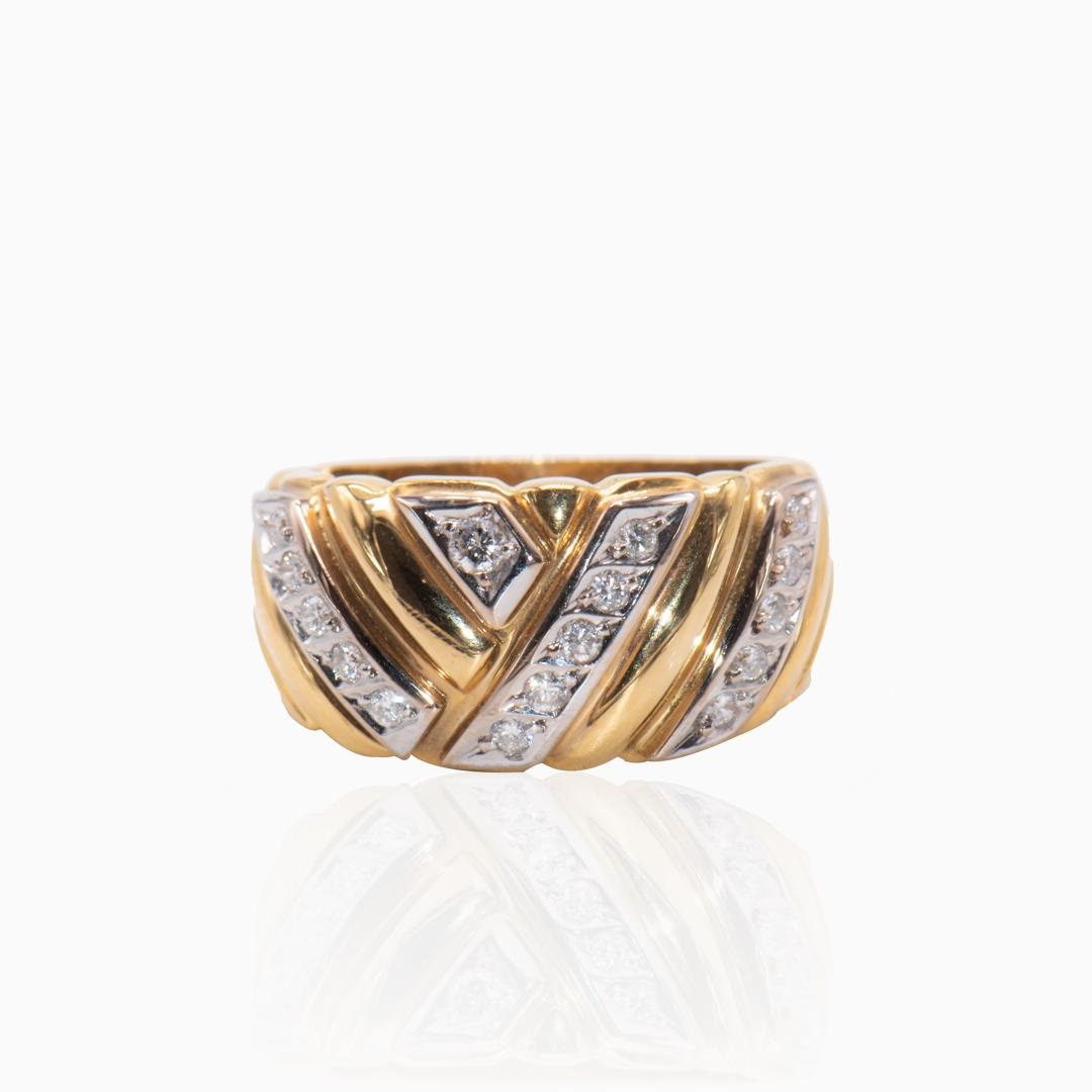 Anillo de Oro y Oro Blanco con Diamantes