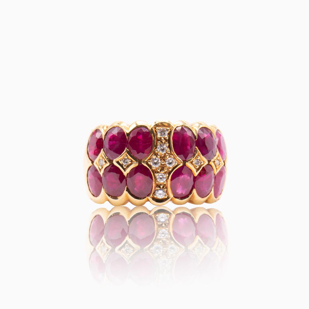 Anillo de Oro Rubíes y Diamantes
