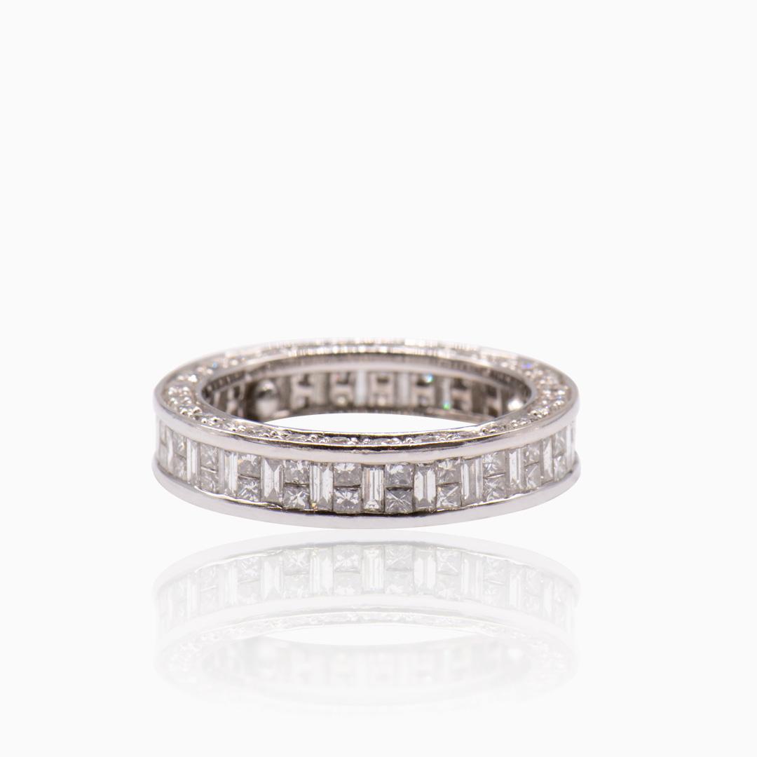 Alianza Infinita Oro Blanco y Diamantes