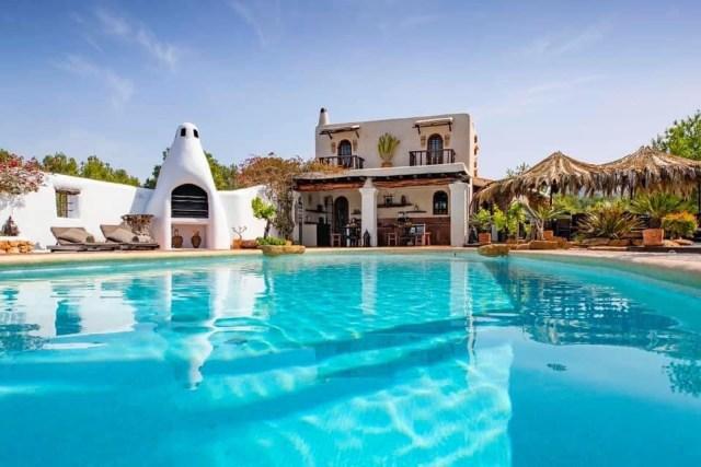 luxury reformer pilates retreat holiday ibiza nubodi pilates can verru luxury villa 7