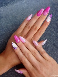 Bachelorette Party Stiletto Nails With Glitter And Diamond ...