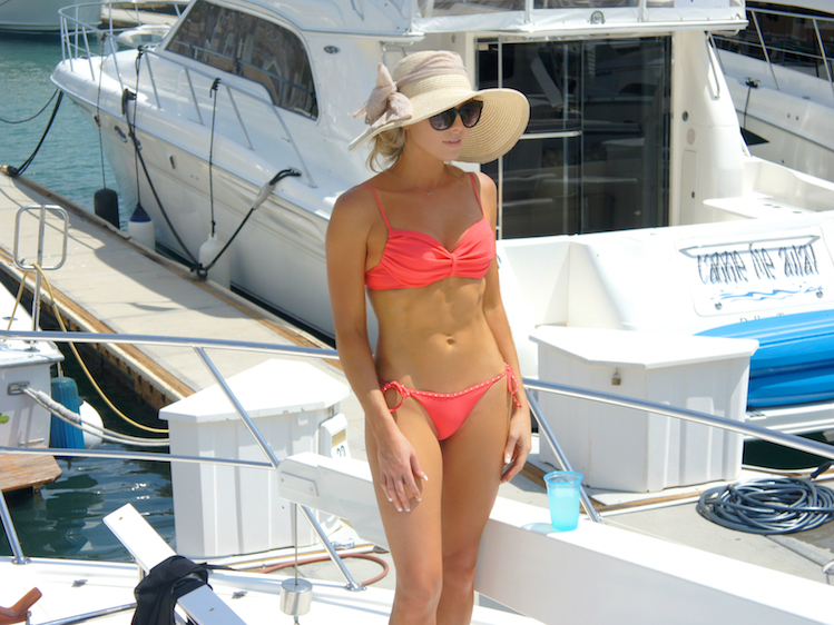 What To Wear On A Yacht In Cabo 5